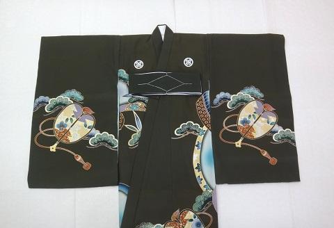男の子 お宮参りの着物の家紋の見本 前