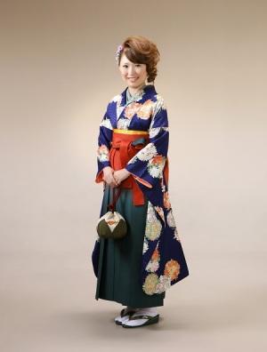 ママ振袖に袴のコーディネイト