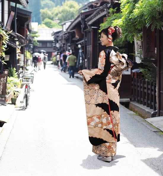岡崎市の着物美人