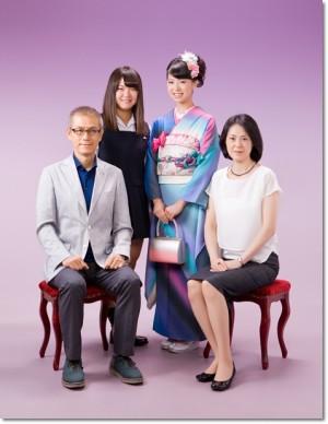 ママ振りの家族写真画像