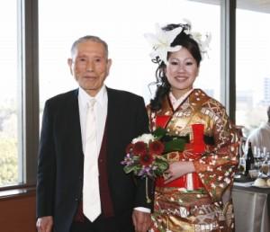 新婦とおじい様の写真